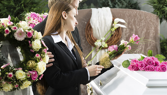 Look for the Best Funeral Services at the Right Price